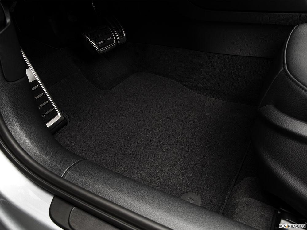 Audi A3 Sedan 2016, Qatar