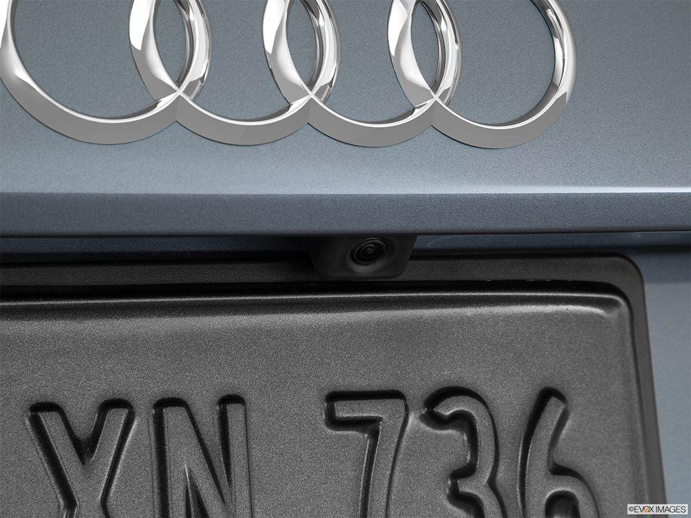 Audi Q3 2016, Oman