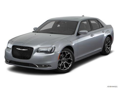 Chrysler 300C 2016 5.7L, Kuwait, https://ymimg1.b8cdn.com/resized/car_version/5934/pictures/3042881/mobile_listing_main_11148_st1280_046.jpg