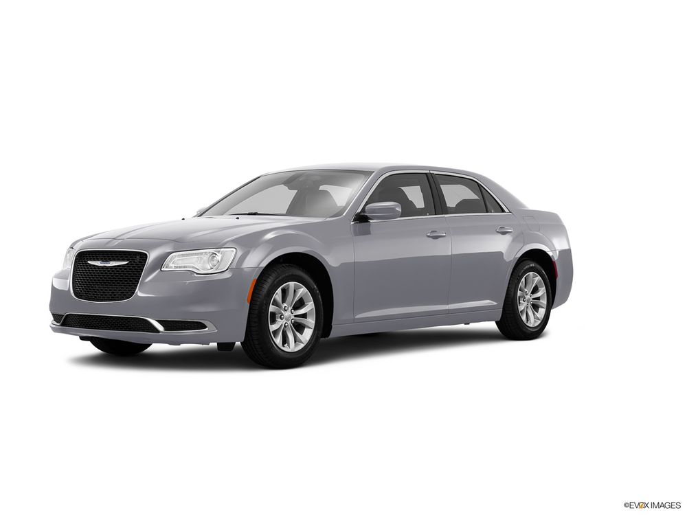 Chrysler 300C 2016, Kuwait