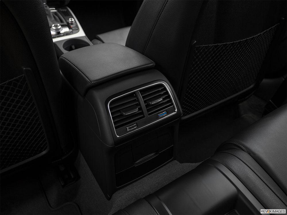 Audi A5 Coupe 2017, Oman