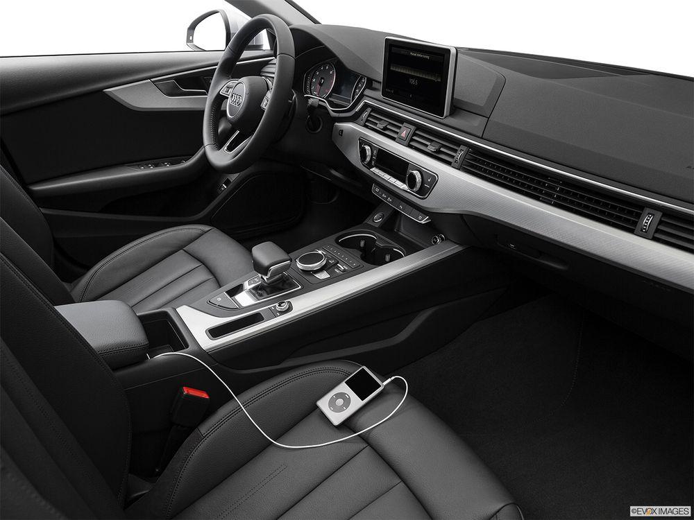 Audi A4 2017, Saudi Arabia
