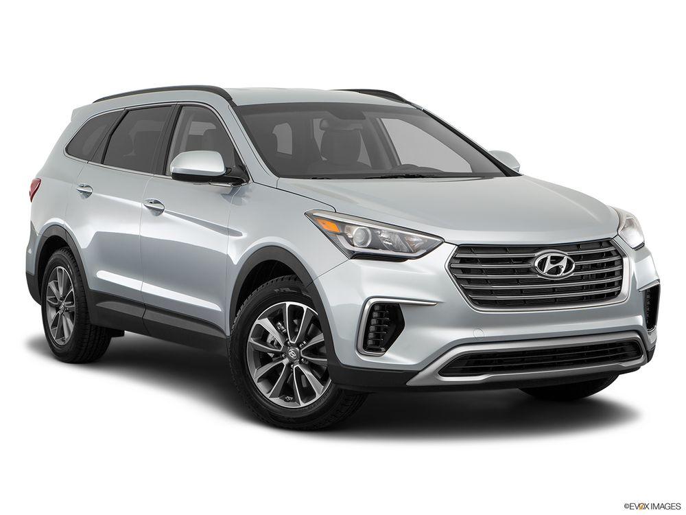 Hyundai Grand Santa Fe 2017, Saudi Arabia