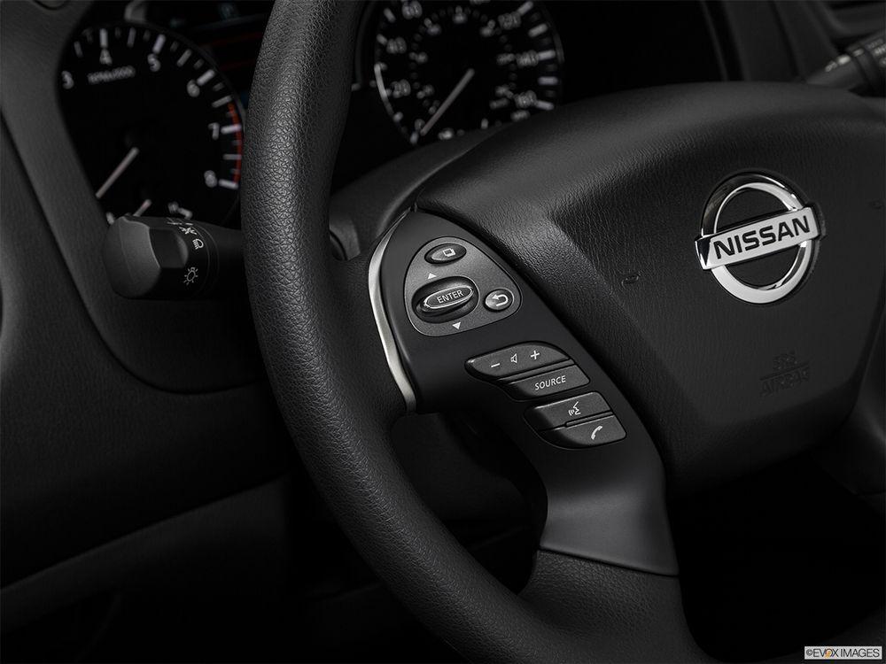 Nissan Pathfinder 2017, Kuwait