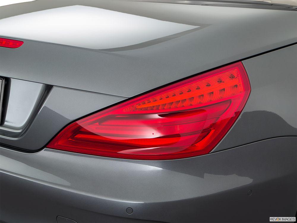 Mercedes-Benz SL-Class 2017, Bahrain