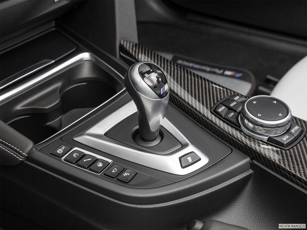 BMW M4 Convertible 2017, Egypt