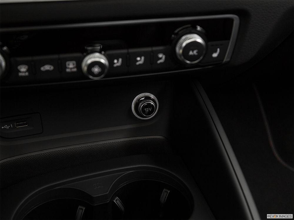 Audi S3 Sedan 2017, Kuwait
