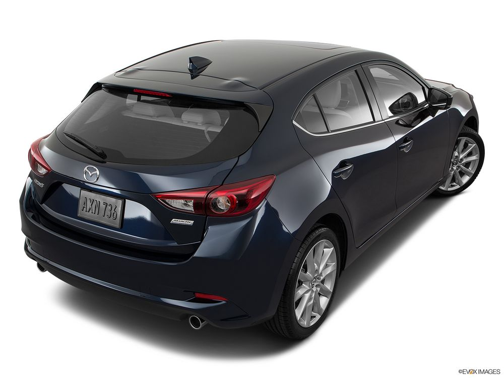 Mazda 3 Hatchback 2017, United Arab Emirates