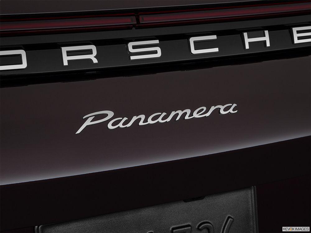Porsche Panamera 2018, Kuwait
