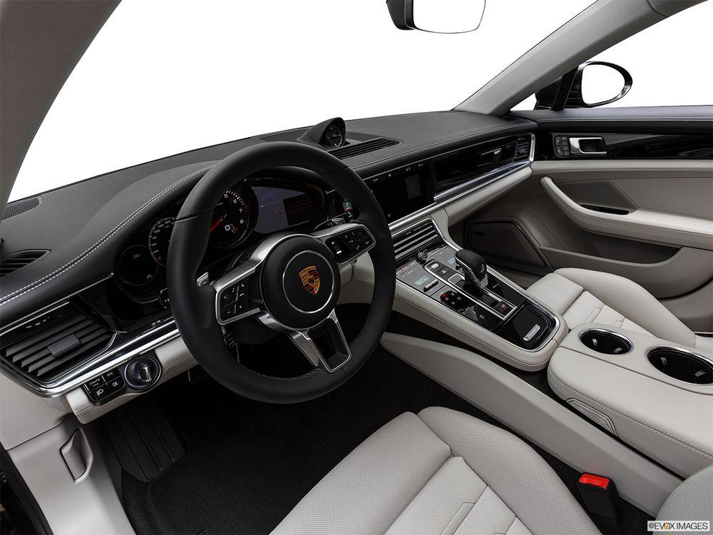 Porsche Panamera 2018, Egypt