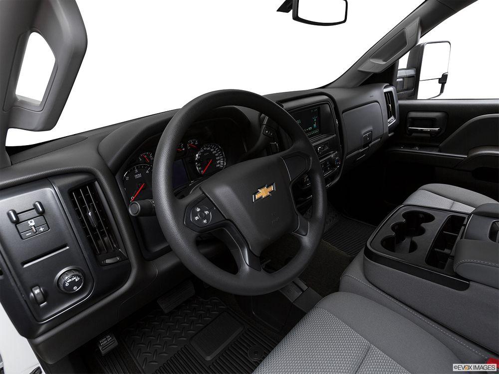 Chevrolet Silverado 2018, Oman