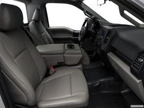Ford F-150 2018 3.5L Regular Cab XL (2WD), Qatar, Passenger seat.