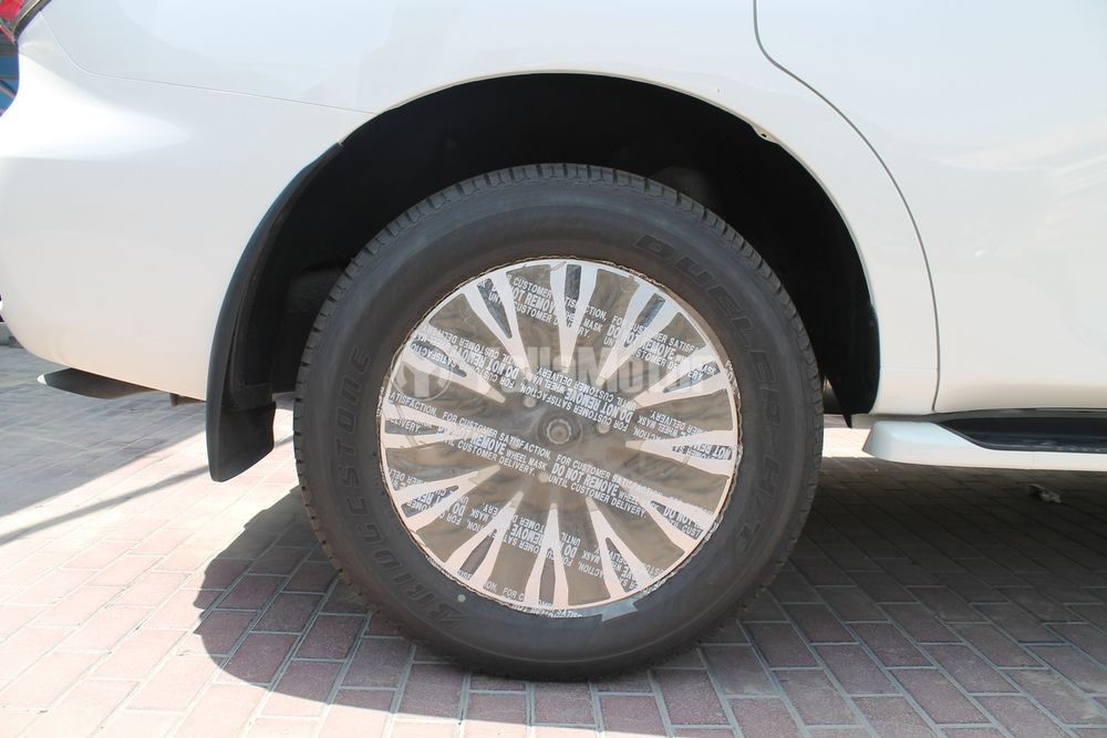 New Nissan Patrol Le Platinum 2017