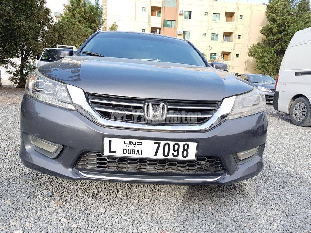 Used Honda Accord 2013 Car for Sale in Sharjah