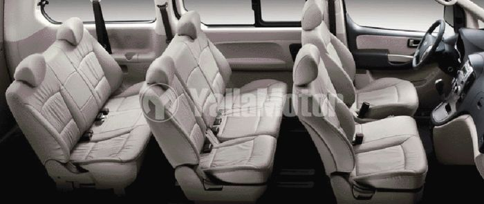 Used Hyundai H1 9-Seater Passenger Van 2016 (732766