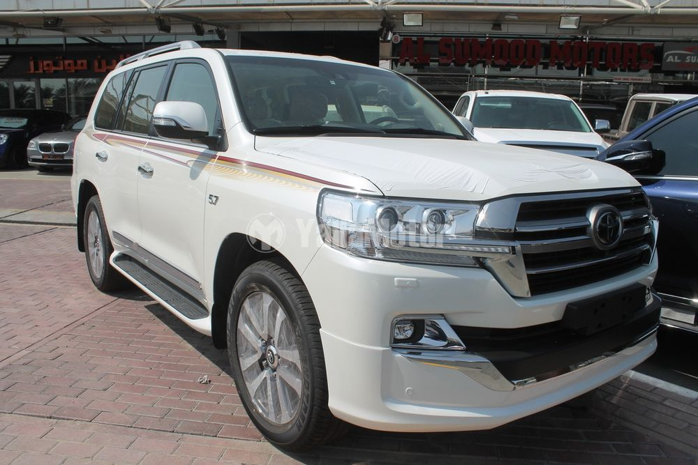 New Toyota Land Cruiser 5 7l Vx S 2019