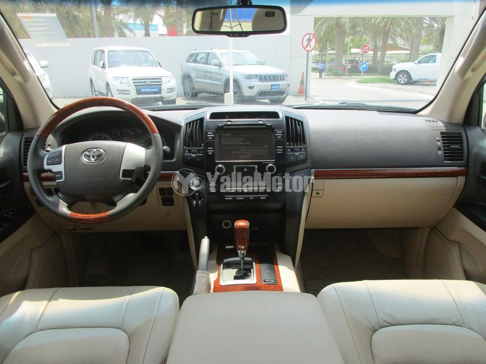 Used Toyota Land Cruiser 2013