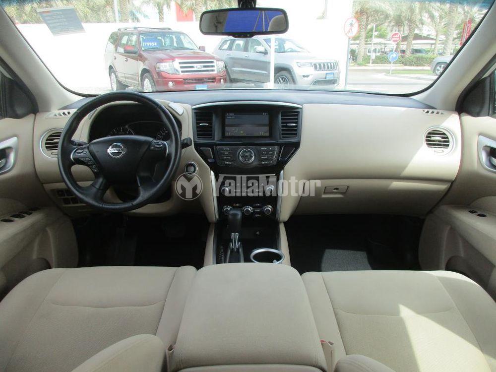 Used Nissan Pathfinder 2016
