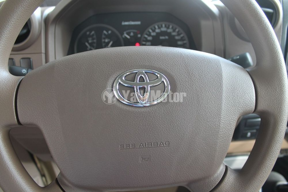 Used Toyota Land Cruiser Pick Up 4.0L Single Cab 2018