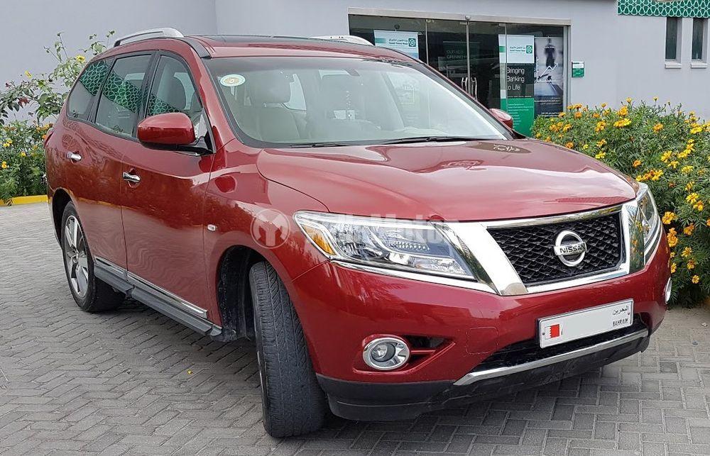 Used Nissan Pathfinder 3.5L SV 4WD 2013