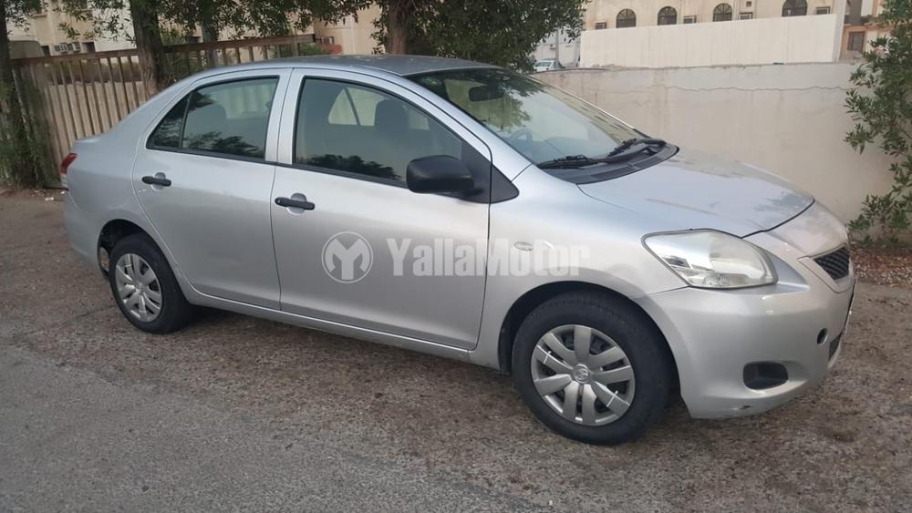 Used Toyota Yaris 2012