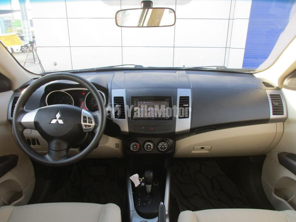 Used Mitsubishi Outlander 2013