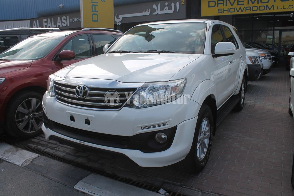 Used Toyota Fortuner 2015 (851775)   YallaMotor com