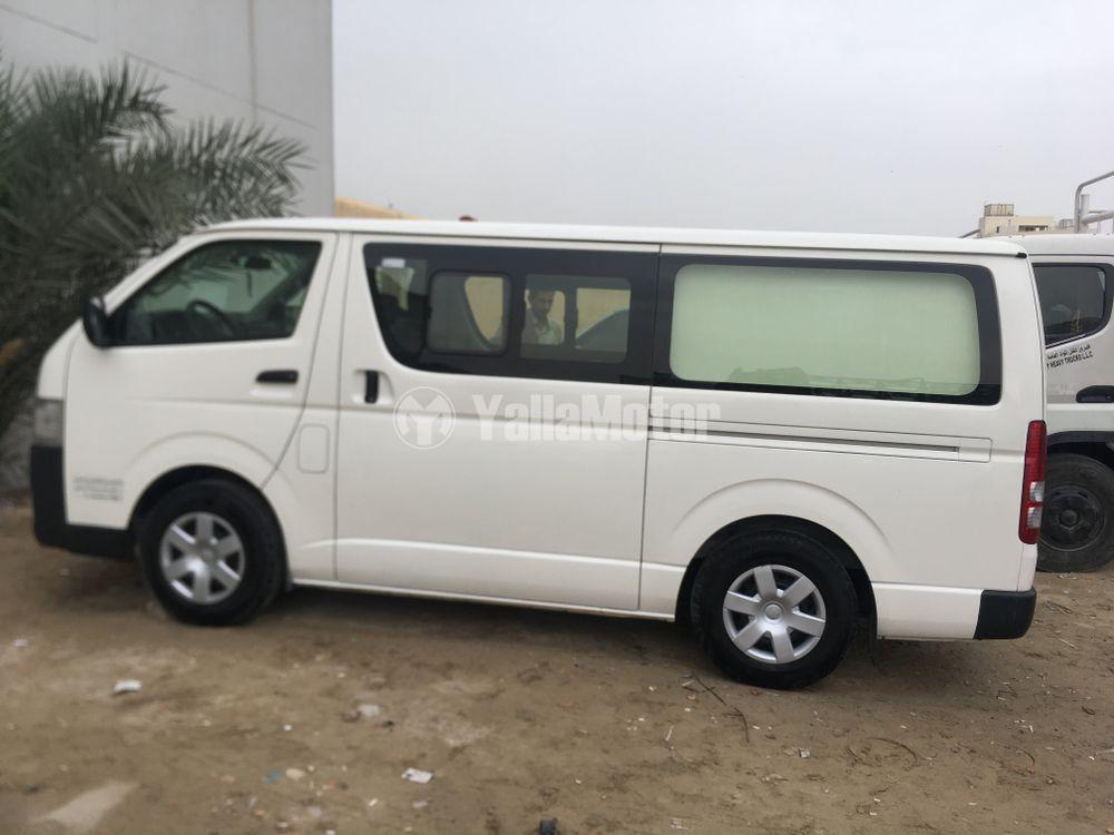 Used Toyota Hiace Low Roof Van 2016 799880 Yallamotor Com