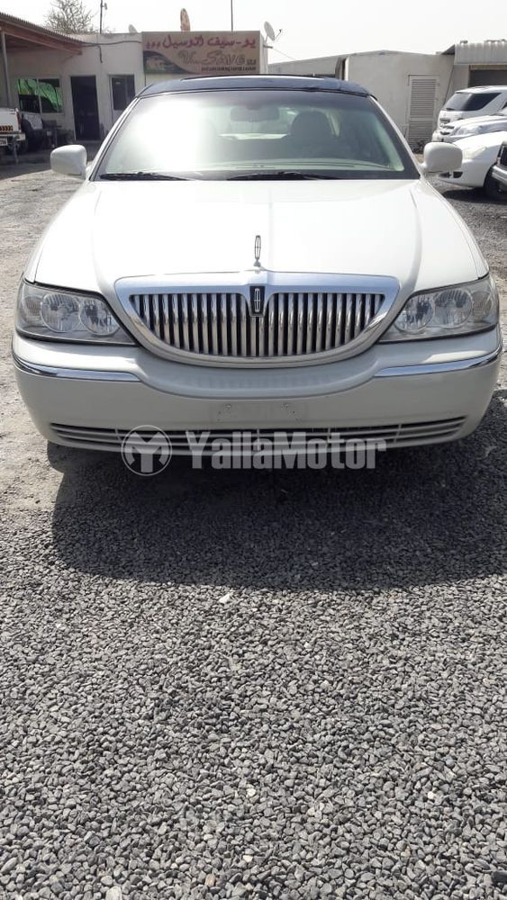 Used Lincoln Town Car 2006 808638 Yallamotor Com