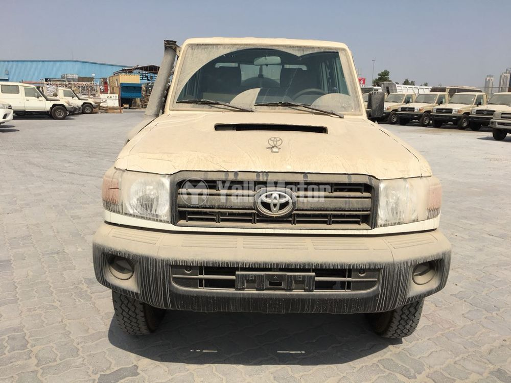 New Toyota Land Cruiser Pick Up 4 5l Double Cabin Diesel M T 2018