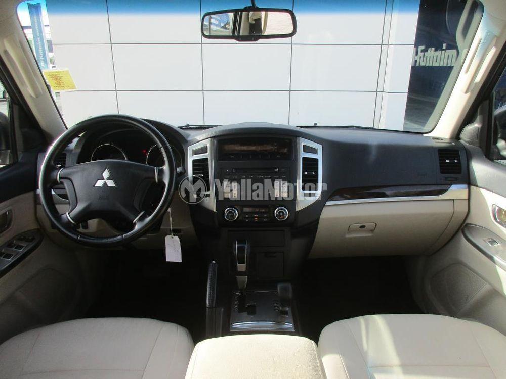 Used Mitsubishi Pajero 2015