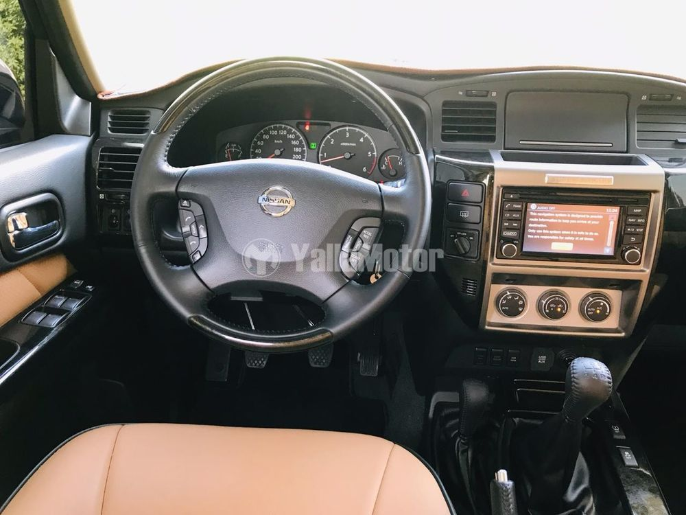 Nissan Patrol Safari 2019 Interior