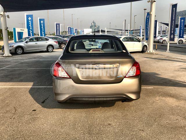 Used Nissan Sunny 2015