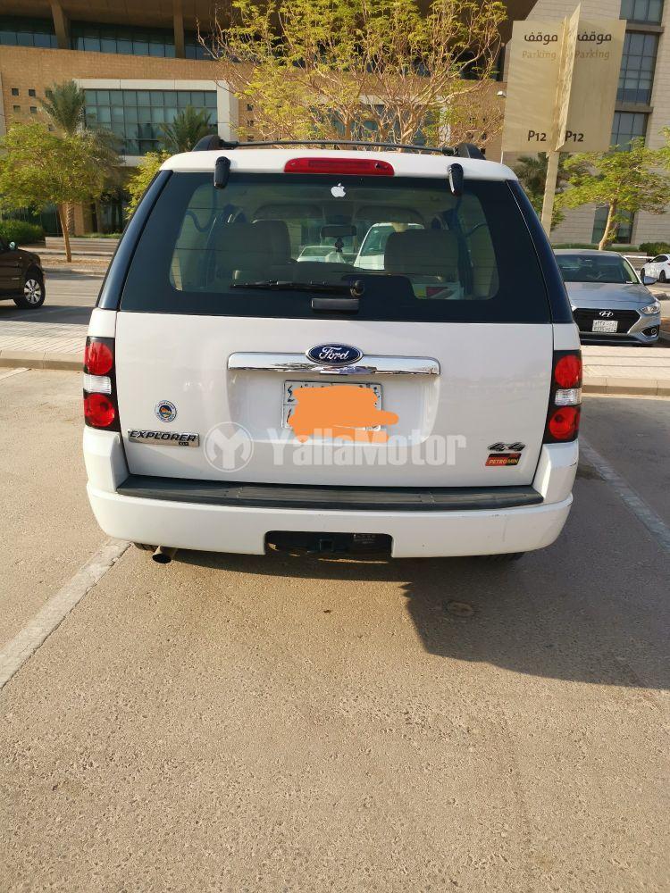 Used Ford Explorer XLT 2010