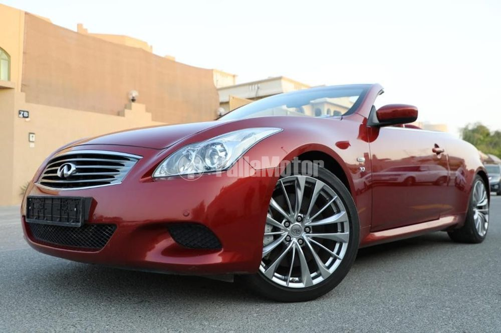 Used Infiniti Q60 Convertible  3.7L Luxury Red 2014