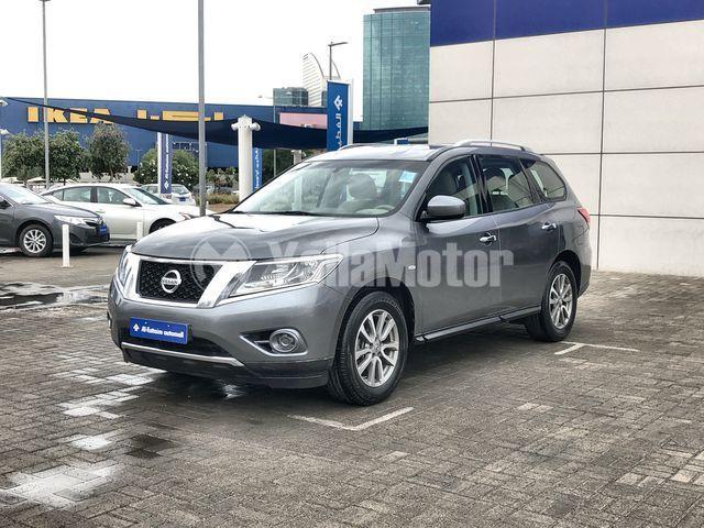 Used Nissan Pathfinder 2015