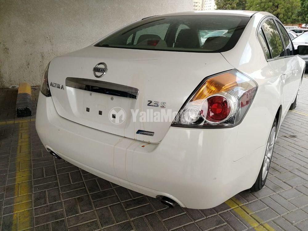 Used Nissan Tiida 2012