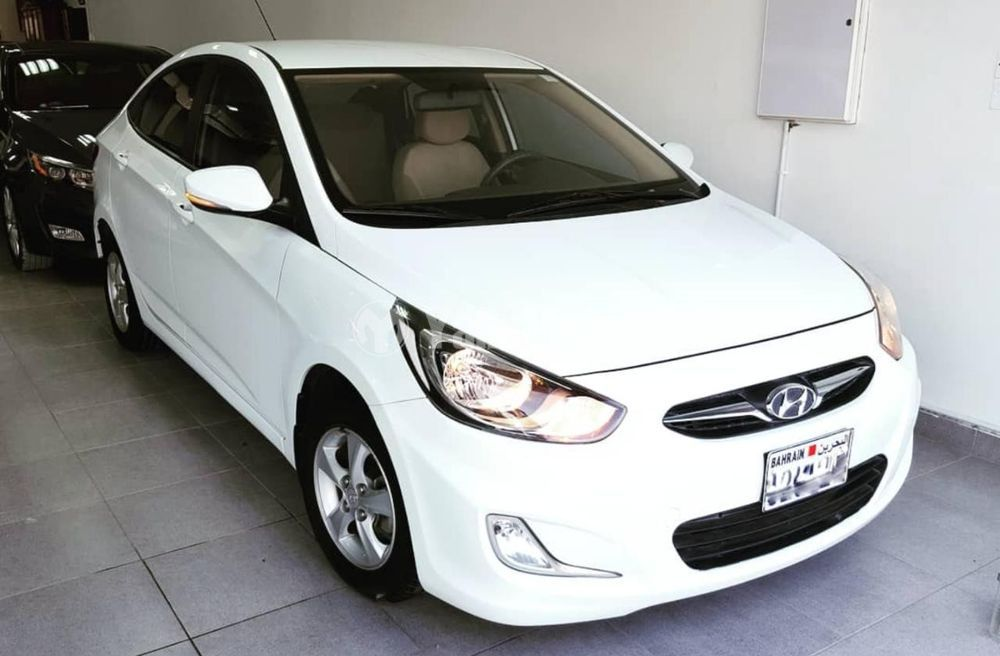 Used Hyundai Accent 1.6L Mid Option 2015