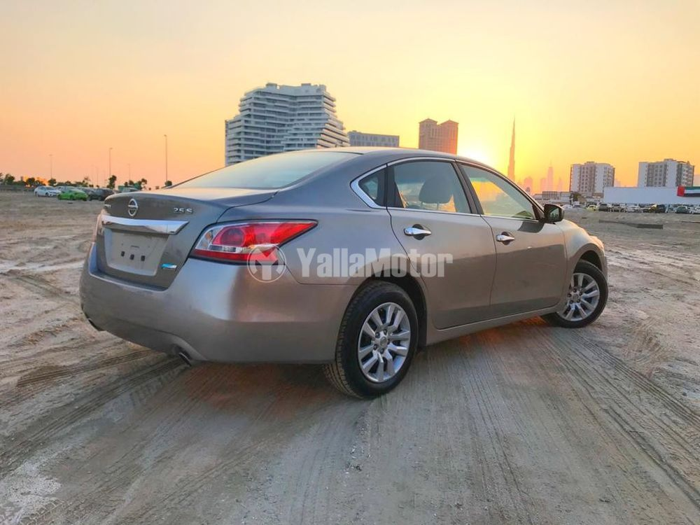 Used Nissan Altima 2.5 S 2015