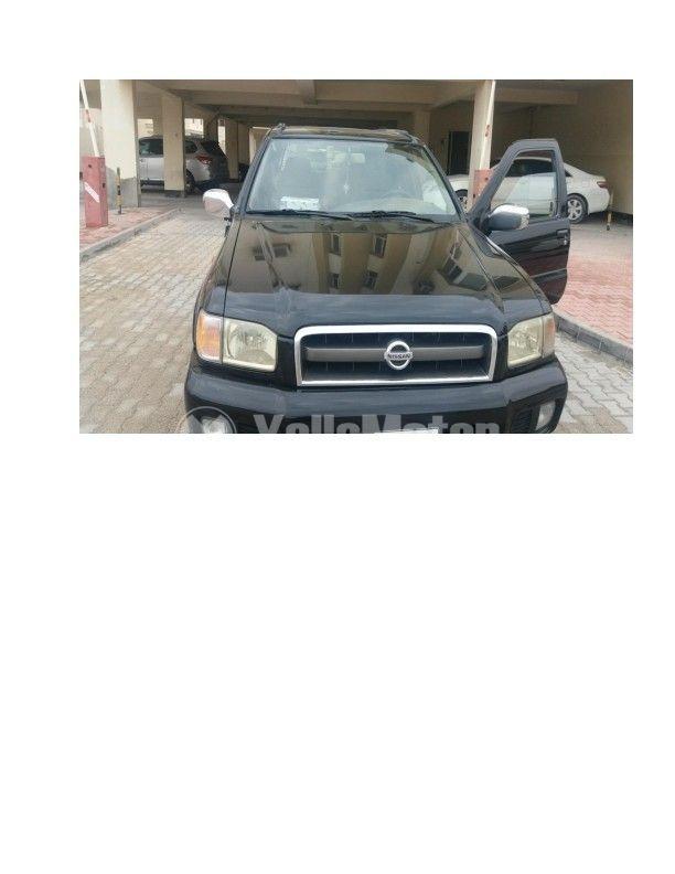 Used Nissan Pathfinder SE 2005