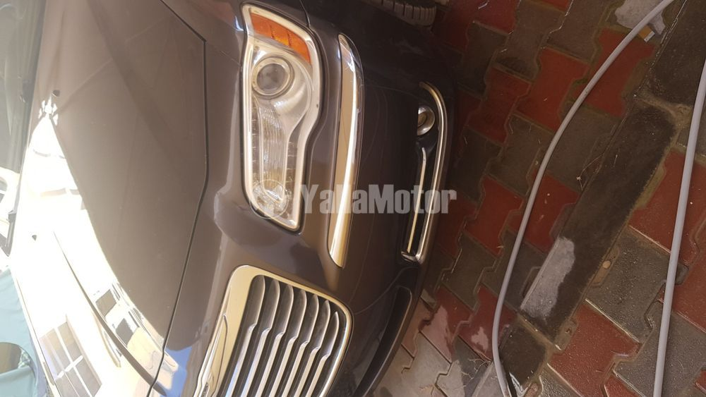 Used Chrysler 300C 2014