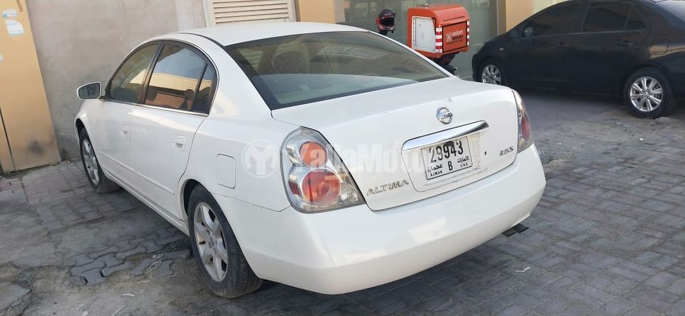 Used Nissan Sunny 2013
