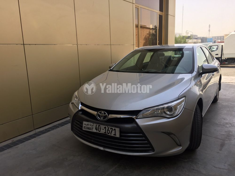 Used Toyota Camry 2.5L GLE (178 HP) 2016