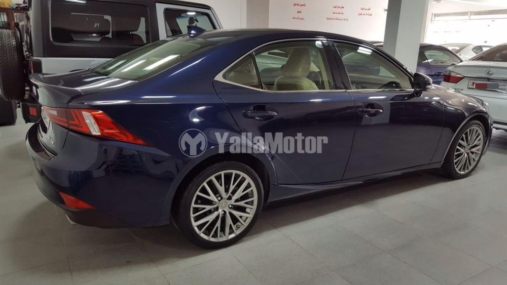 Used Lexus IS-Series 2015