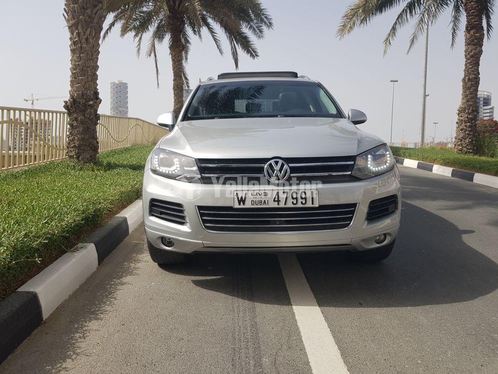 Used Volkswagen Touareg 3.6L SEL 2014
