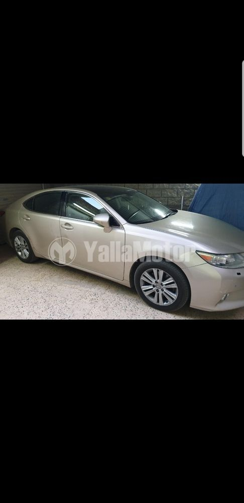 Used Lexus ES 350 4 door 3.5L 2013