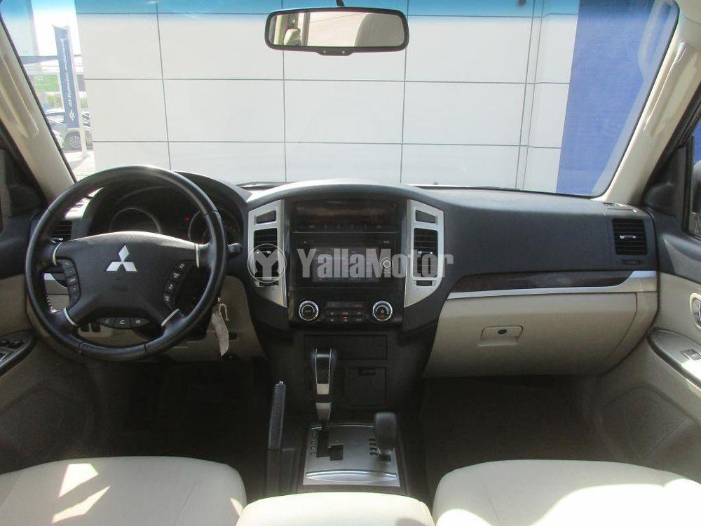 Used Mitsubishi Pajero 2017