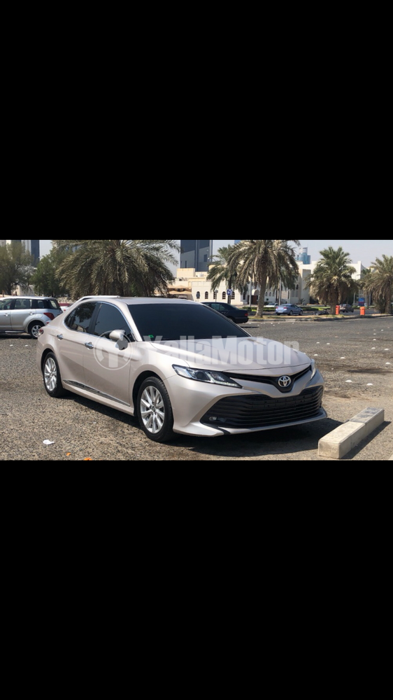Used Toyota Camry 2.5L GLE (204 HP) 2019