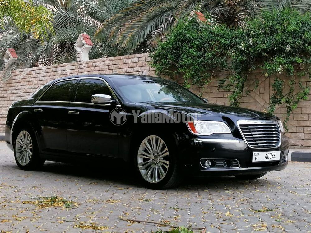 Used Chrysler 300C 5.7L 2013