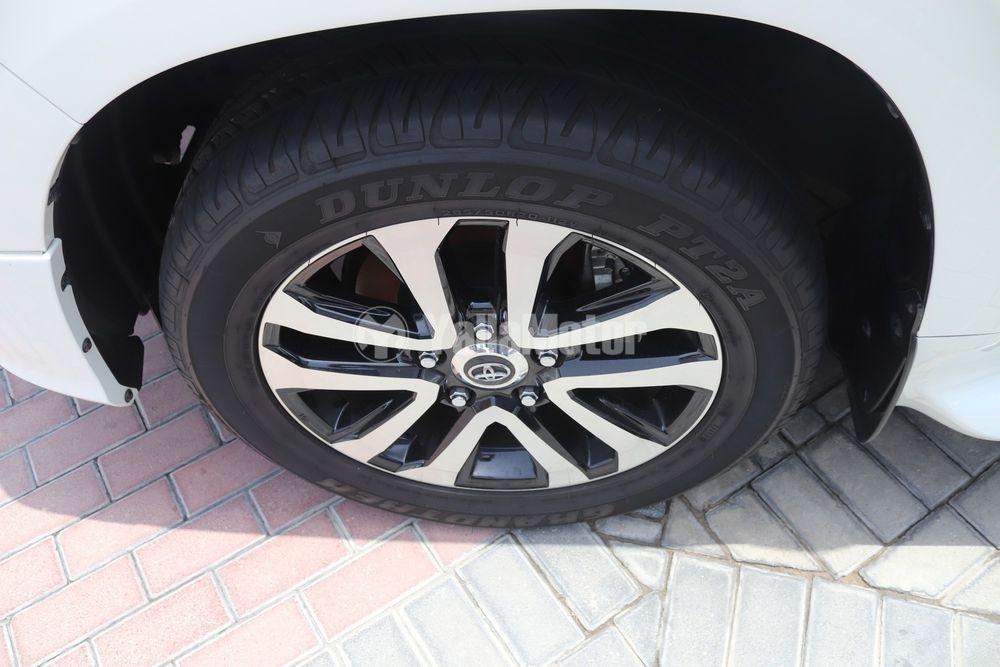 Used Toyota Land Cruiser 4.0L GXR 2019